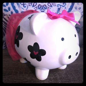 Piggy bank!!! Adorable little tutu piggy.